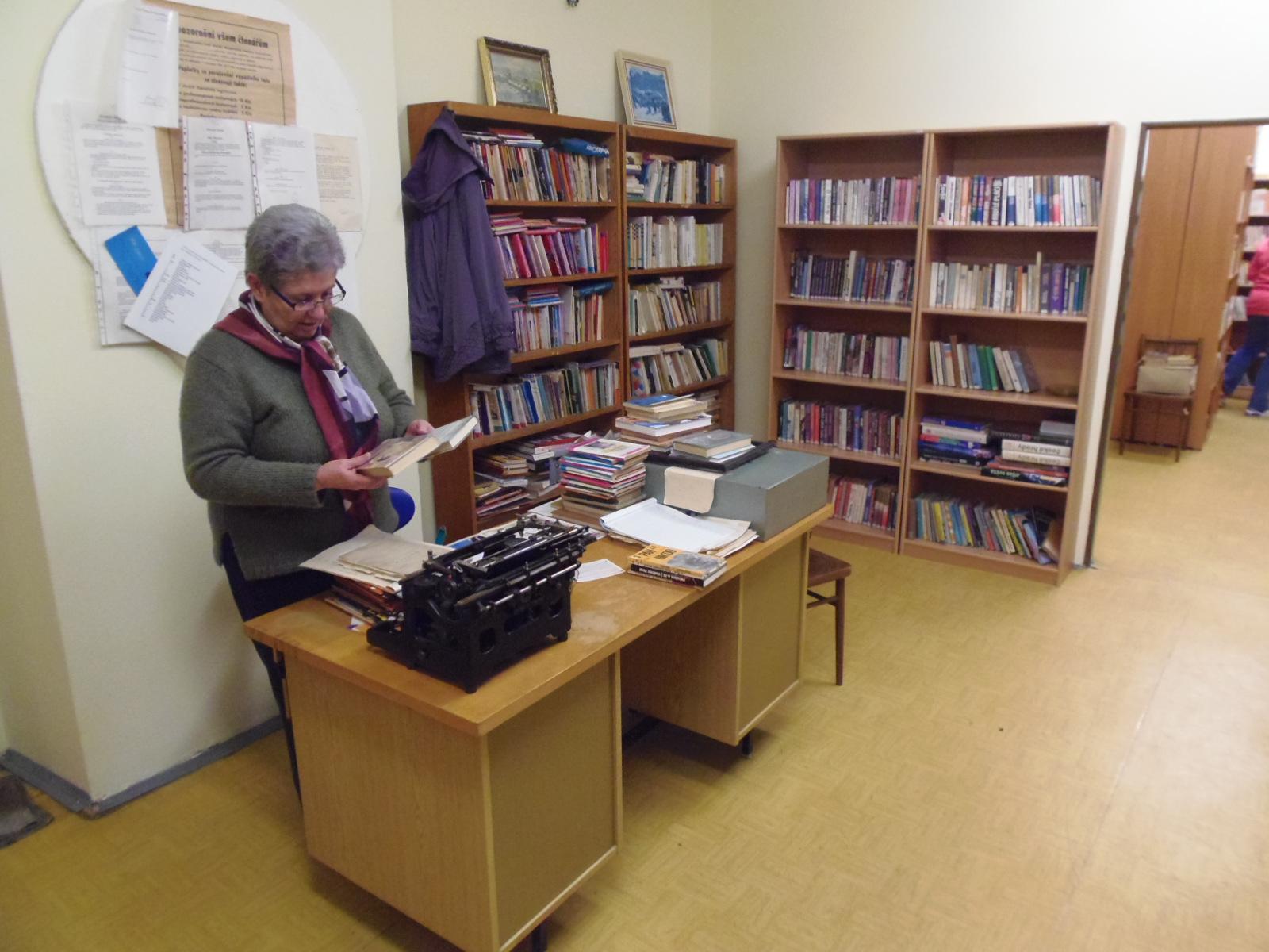 Místní knihovna v Drozdově