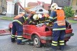 Vyprošťování osoby z havarovaného auta