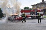 Hasení hořícíhoí automobilu